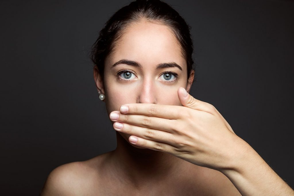 Wszystko, co powinieneś wiedzieć o nieświeżym oddechu